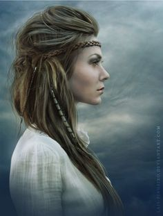 Celtic looking. My dad was 100% welsh and loved braids. Cute Boho Hairstyles You Can Try (10)