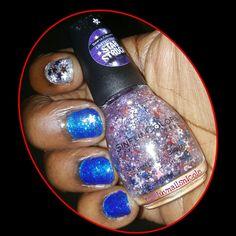 My #MemorialDayNails using @sinfulcolorsNP  #BangingBlue #BlueByYou #RocketOut Follow on #instagram #facebook  www.facebook.com/luvnailsnicole  www.instagram.com/luvnailsnicole/  #SinfulColors #newpolish #newsinfulcolors #SinfulColorsPolish #sinfulpolish #Glitter #glitterpolish #glitternails #AccentNail #bluepolish #BlueNailPolish #nailsandpolish #polishes #polish #mainstreampolish