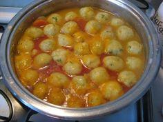 Krumpligombóc leves, ahogy nagyi készítette - Blikk Rúzs Soup Recipes, Vegan Recipes, Cooking Recipes, Iftar, Food 52, Diy Food, Keto Fastfood, Hungarian Recipes, Recipe For 4