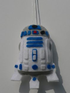 Felt+Star+Wars+Ornament++R2D2+Ornament+by+FeltLikeIt1+on+Etsy,+$12.00