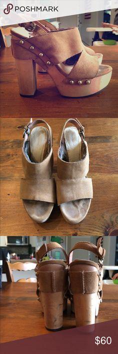 Koolaburra sandals Brown suede platform sandals with soft faux fur lining. Super cute and comfy. Koolaburra Shoes Sandals