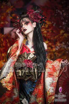 新花魁VIPプラン~アートメイクであなただけの特別な体験を~ | 花魁体験・変身写真スタジオ エスペラント ブログ Geisha Makeup, Geisha Art, Kimono Japan, Japanese Kimono, Japanese Outfits, Japanese Fashion, High Fashion Makeup, L5r, Aesthetic People