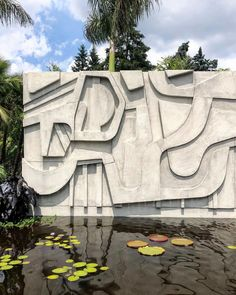 Roberto Burle Marx is honored at the New York Botanical Garden. XK