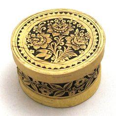 Small Birch Bark Box Flowers Russian Wood Art by BirchBArt on Etsy, $8.00