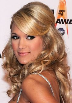 36 Carrie Underwood Hairstyles- Carrie Underwood Hair Pictures - Pretty Designs