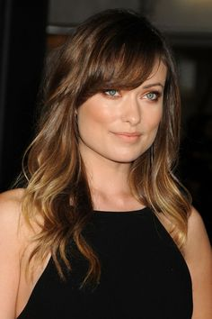 Olivia Wilde:Style:Long Wavy Cut With Bangs