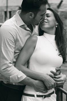 I look at you and I see the rest of my life in front of my eyes… #wedtimestories #weddingphotography #storytelling #engagement #venice #italy #destinationweddingphotographer