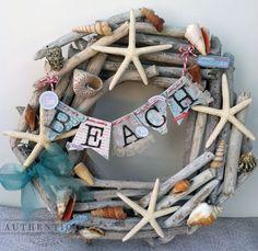 Driftwood wreath with beach banner.