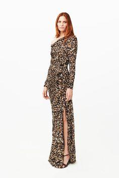 Givenchy la Chastain se lo vaa a poner.