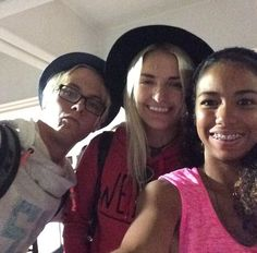 R5 at the airport | r5ersfamily:R5, Ryland ad a part of TBM cast at the airport, heading ...