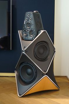 Berghain for the home: Beolab 90 02 Pro Audio Speakers, High End Speakers, Audiophile Speakers, High End Audio, Hifi Audio, Car Audio, Berghain, Bang And Olufsen, Speaker Design