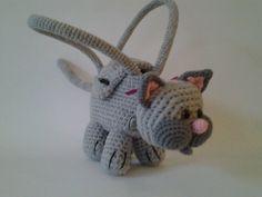 sac tête de chat Chat Crochet, Cat Bag, Acrylic Wool, Dinosaur Stuffed Animal, Creations, Etsy, Blanket, Pink, Amigurumi