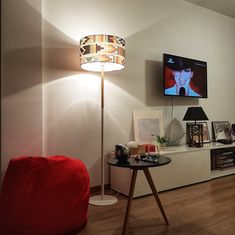 Living room set with reading corner. Beanbag and colourful shadelamp. Minimalist Apartment, Living Room Sets, Corner, Bedroom, Reading, Modern, Trendy Tree, Den Decor, Living Room Set