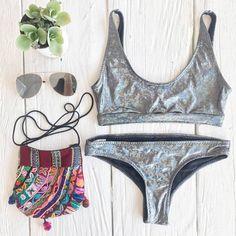 #bikini #bordado #hechoenmexico #cancun #cincoboutique #tendencias #cincoboutique #summer #metalic #plateado #verano