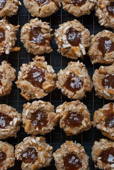 Easy Cookie Recipes, Sweet Recipes, Snack Recipes, Dessert Recipes, Snacks, Cookie Ideas, Cupcake Recipes, Appetizer Recipes, Thumbprint Cookies