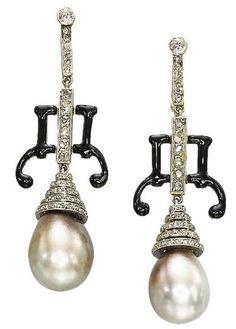 pearls Art deco earrings ca. Art Deco Earrings, Art Deco Jewelry, Pearl Jewelry, Antique Jewelry, Vintage Jewelry, Fine Jewelry, Jewelry Design, Ancient Jewelry, Jewellery