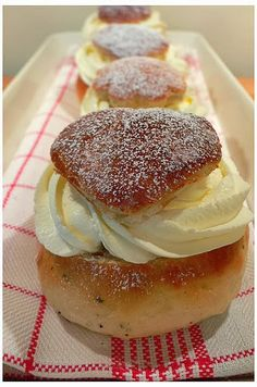 Street Food, Cuisine du Monde: Recette de la crème chiboust (kiboutz), crème à Saint Honoré