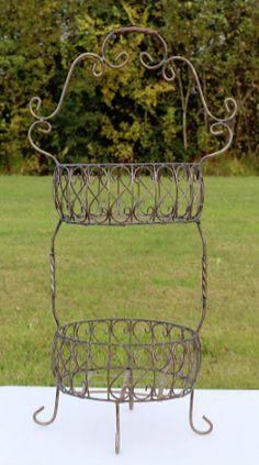 Round Tiered Basket #Wedding #Rental #WeddingRental #Vintage #Photography #Photoshoot #Houston #Spring #Tomball #Woodlands #Katy #Texas #SomethingGoodeVintageRentals #SomethingGoode