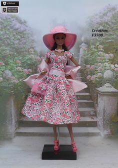 """Robe Barbie """" Roseanne """" vêtement pour poupée Barbie Fashion Royalty Silkstone Muse par f3788 Barbie Style, Barbie Fashionista, Barbie Dress, Barbie Clothes, Barbie Vintage, Pink Doll, Pin Up Outfits, Barbie Patterns, Barbie Collector"""