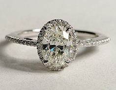 oval diamond ring. Yes! yes! yes!