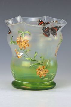 Heckert vase, c.1905, designed by LudwigSütterlin, decor by Adolf Heyden.