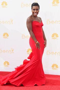 Emmy Awards 2014: Uzo Aduba surpreendeu com o longo vermelho