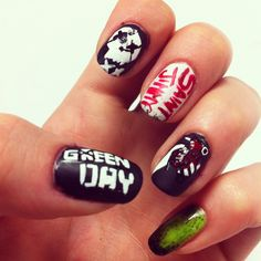 Check out our gallery to get Halloween Nails Art Inspiration Band Nails, Rock Nails, Rock Design, 5sos Nails, My Nails, Emo Nail Art, Emo Art, Green Day, Nail Art For Beginners