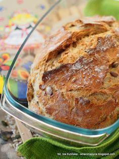 Chleb pszenny, drożdżowy, z naczynia żaroodpornego | Smaczna Pyza