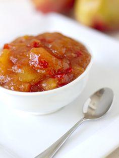 Chutney à la mangue : Recette de Chutney à la mangue - Marmiton : http://www.marmiton.org/recettes/recette_chutney-a-la-mangue_15683.aspx