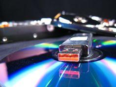 Verileri taşımada kullanılan flash diskleri kurtarmak için flash disk veri kurtarma hizmetinden yararlanabilirsiniz.