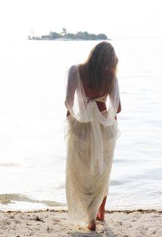 Avril ‹ Grace Loves Lace
