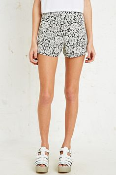 Cooperative Jacquard Shorts in Daisy Print