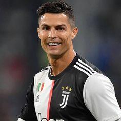 [组图/Carousel]Juventus 4x3 Napoli Cristiano fez 1 gol @cr7_o_lendario7  . . . . . #cr7 #cristia... [组图/Carousel]Juventus 4x3 Napoli Cristiano fez 1 gol @cr7_o_lendario7  . . . . . #cr7 #cristianoronaldo #cr7juve #neymar #cr7fans #messi #cr7day #brasil #cr7drive #brazil #cr7junior #realmadrid #cr7edits #neymarjr #cr7family #worldcup #cr7juventus #juventus #cr7juvee #futebol #cr7najuve #copadomundo #ronaldocr7 #football #fanscr7 #barcelona #clearcr7fred #ronaldo #cr7tour #cr7lovers Cr7 Juventus, Cristiano Ronaldo Juventus, Neymar Jr, Cr7 Junior, Cristino Ronaldo, Barcelona Soccer, Soccer Stars, Best Player, Football Players