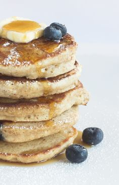 Fluffy Blueberry Buttermilk Pancakes #pancakes