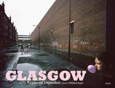 Glasgow di Raymond Depardon https://www.amazon.it/dp/2021303624/ref=cm_sw_r_pi_dp_x_9sdNybDVZ5KM1