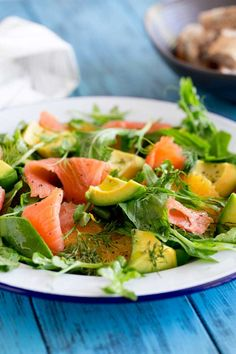 Smoked Salmon, Sweet orange, peppery leaves, fresh herbs and creamy avocado. This smoked salmon, orange and avocado salad is packed with flavours and textures. So delicious and so beautiful it is sure to become a firm favourite. Salad Recipes, Healthy Recipes, Healthy Meals, Clean Recipes, Healthy Food, Party Salads, Meal Salads, Smoked Salmon Salad, Main Dish Salads