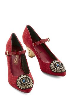 Shop 1920s Style Shoes for Women . Rare toe design!  $129.99  #1920sfashion #1920sshoes #shoes