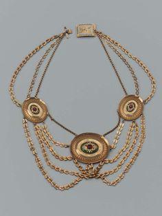 Collier d'esclavage en or et émaux, XIXe s., Boston museum.