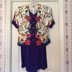 Maggy London 2 piece silk dress Beautiful vibrant colors. Top is completely lined. 100% Silk. In pristine condition!!  Worn once at a wedding rehearsal dinner❤️. Divine fabric  Maggy London Dresses