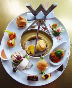 Need an excuse to cross the harbour? These five Hong Kong afternoon tea sets on the Kowloon side make the trek that much more bearable. Island snobs, you're missing out.
