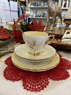Bone China, Tea Cups, Christmas Gifts, Gift Ideas, Tableware, Vintage, Xmas Gifts, Christmas Presents, Dinnerware