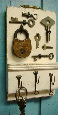 Reclaimed Wood Key Holder Decorated With Vintage Door Hardware and Skeleton Keys