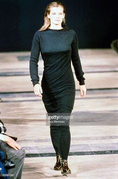 Model walks the Helmut Lang Fall 1989 RTW collection. (Photo byGuy Marineau/Condé Nast via Getty Images)Cordula Reyer