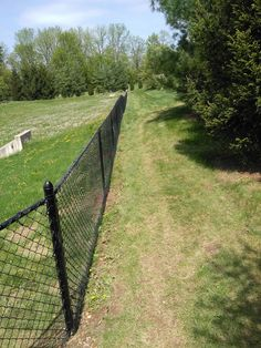 24 best chain link fences images chain link fencing chicken wire rh pinterest com