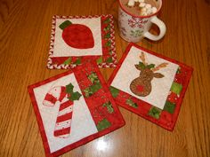 Quilted Mug Rugs Patterns | Countdown to Christmas: Day 13! Giveaway | Quilty Pleasures Blog