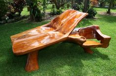 Wood Pieces (Portugal) - Root furniture for projects http://www.woodesigner.net provides excellent advice and techniques to wood working