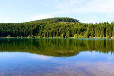 Lac de Servières - Département du Puy-de-Dôme - www.auvergne.fr France, Belle Photo, Photos, River, Mountains, Nature, Outdoor, Architecture, Places To Visit