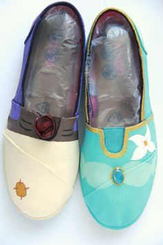 Disney Aladdin and Jasmine shoes and toms by SumWishfulThinking WANT!!!