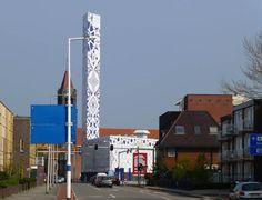 """Medemblik – Er is aan kunstenaar Hugo Kaagman gevraagd een idee te ontwikkelen voor de windmolen """"De Ambtenaar"""" in Medemblik om er een landmark van te maken. Kaagman is bekend om zijn muursch…"""