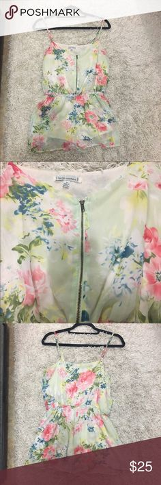 Urban outfitters floral romper EUC medium floral romper, zips up front & has adjustable straps Urban Outfitters Dresses Mini